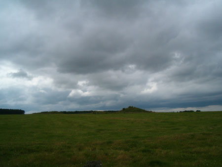 Stonehenge, barrows